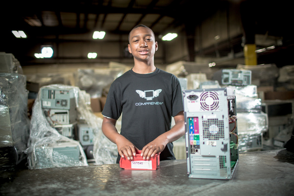 Darnell Robinson works at Comprenew as his summer job.